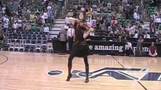 Lindsey Stirling - NBA Halftime show