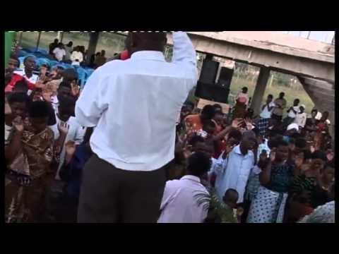 Worship with Bishop Magike TH10 June 2012