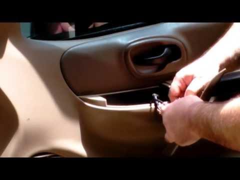 how to fix vt clicking car doors