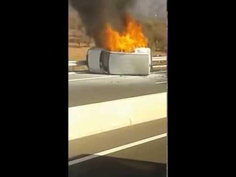 احتراق سيارة بالطريق السيار الرابط بين اكادير ومراكش
