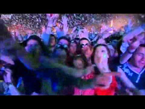 Swedish House Mafia - Extended Highlights (T in the park 2011) Part 3