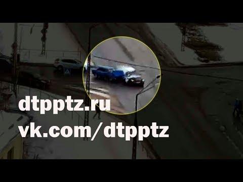 """Водителя выбросило из кабины в момент столкновения на """"Нижнем Чапаевском кольце"""""""