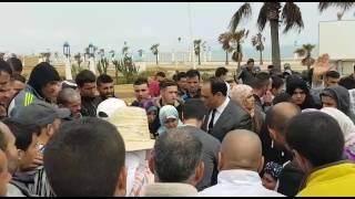 فيديو ..عامل المضيق يتكلم مع غاضبين بعد وفاة سيدة بباب سبتة