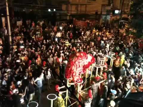 Đoàn lân sư rồng Bạch Ngọc Đường _ Huế ( Trung Thu New 2012 ) Mai Hoa Thung TEAM A
