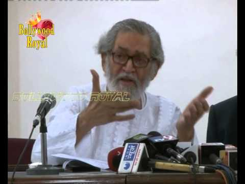 Shyam Benegal,Alyque Padamsee,Dalip Tahil & Others hold PC with regard to Late Bhabha's Meherangir's