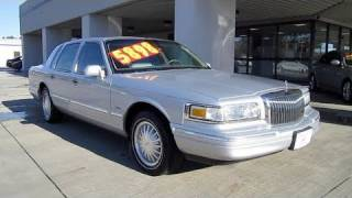 1997 Lincoln Town Car Cartier Start Up, Engine, and In Depth Tour videos