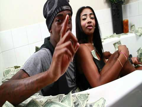 RICH KIDZ™ - BEND OVER ft. SAYY (OFFICIAL VIDEO)