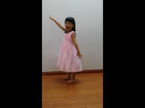 bài hát rửa tay vui nhộn: bé Tuti