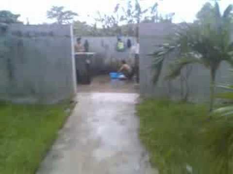 tắm trong quân đội