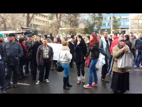 ▶ Sarajevo The protest goes on  Revolution News   YouTube