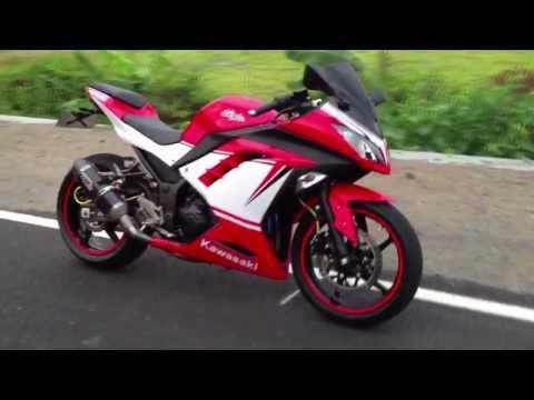 New Ninja 300 with custom stickers Ducati Panigale