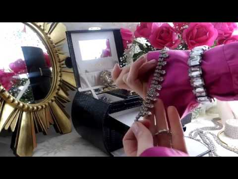 Packing my Jewelry in the LANGRIA Embossed Crocodile Grain Faux Leather Pattern Jewelry Box