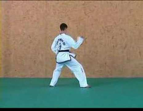 Chon-Ji : TAGB Tae Kwon-Do patterns - Black Belt Schools