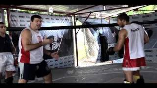 Jose Aldo Training For UFC 142, In Rio (Closed Caption In