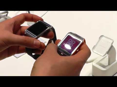 Samsung Gear 2 versus Galaxy Gear