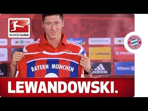 Robert Lewandowski's First Day at Bayern Munich