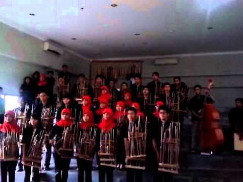 Kabumi - Zamrud Khatulistiwa (Angklung Version)