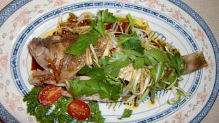 清蒸魚 Steamed fish