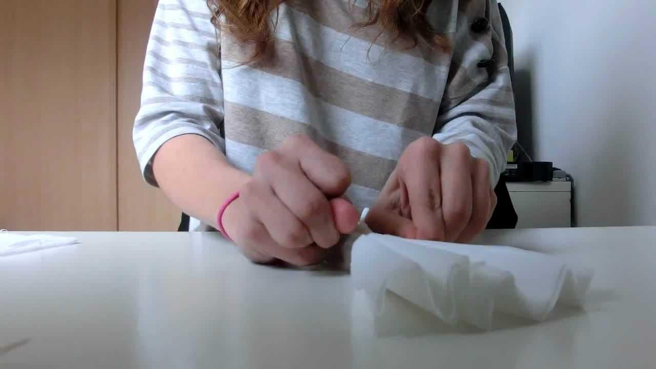 Tuto fleur de papier cr pon id al pour d co youtube - Tuto fleur en papier crepon ...