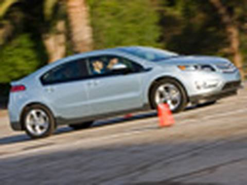 Grand Slam? 2011 Chevrolet Volt First Drive @ Dodger Stadium Video