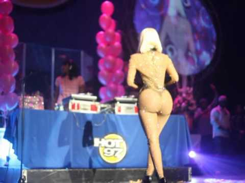 Official NICKI Minaj and Friends THANKSGIVING CONCERT 2010