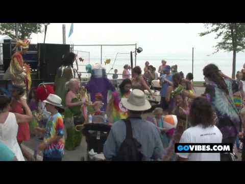"Andy The Music Man Performs ""Come On Everybody"" at Gathering of the Vibes 2011"