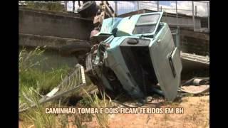 Caminh�o descontrolado tomba e deixa dois feridos  na capital