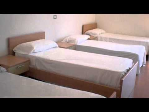 5 beds private room