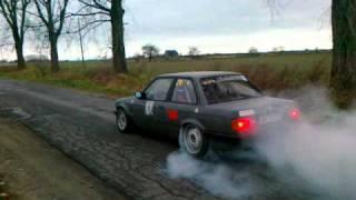 BMW E30 с двигателем M54B25