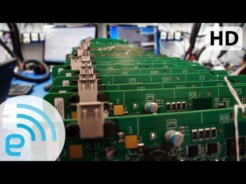 Building Xbox One: An inside look at Microsoft's play for the next generation of gaming | Engadget, Subscribe To Engadget Today: http://bit.ly/YA7pDT Watch The Latest Engadget Video Here: http://goo.gl/ZYWTn **** More Below **** The engineers in Microsoft's...