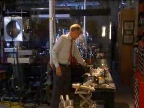 How Stuff Works Videos - 100 Greatest Discoveries - The Cathode Ray Tube