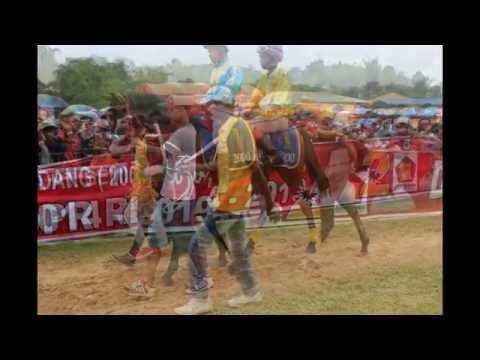 Pacuan Kuda Bukit Ambacang. Bukittinggi, 30/31 Maret 2014