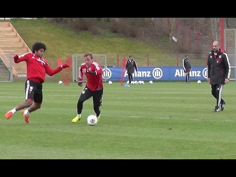 Mario Götze vs Dante and Lahm vs Götze - FC Bayern Munich Training - Pep Guardiola