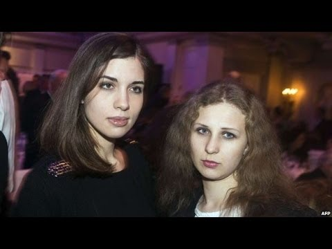 Pussy Riot members 'arrested in Sochi' - BBC News