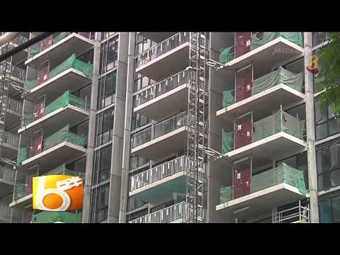 40 workers at Compassvale Rd construction site infected with dengue - 26Apr2014 [HD8]