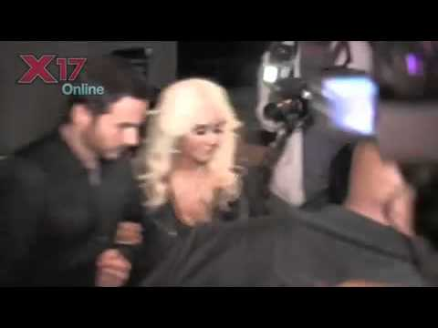 Christina Aguilera And Matt Rutler Swarmed By Photogs After Romantic Dinner