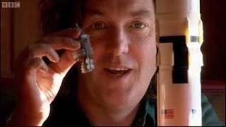 How Did The Saturn 5 Rocket Work? - James May: On The Moon - Brit Lab