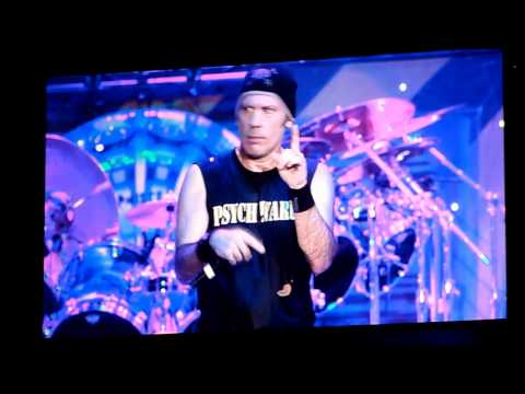 Hallowed be thy Name/Running Free Iron Maiden Paris Bercy 27 Juin 2011 HD
