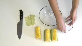 كيفية نزع حبيبات الذرة عن كوز الذرة