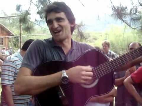 Magrão do San marino cantando a musica nova aovivo churrasquinho em sapiranga