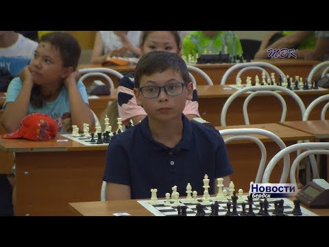 Сегодня в школе номер 10 состоялось открытие Международного шахматного фестиваля «Маэстро 2018»