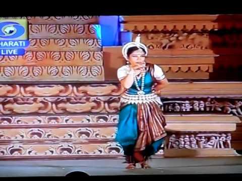 AHE NEELA SHAILA by Guru Alpana Nayak at Khajurao Dance Festival 2014