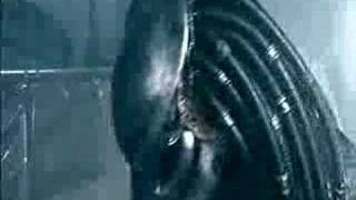 Alien vs Predator: Shower Scene