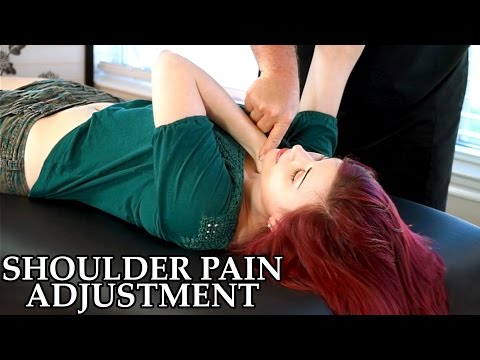 Chiropractic Adjustment for Shoulder Pain, Frozen Shoulder, Chiro, Pain Referral, Muscle Testing