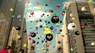 Vuelatazos: Los Angry Birds Caen Del Cielo