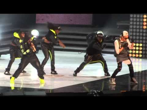 130825 - G-Dragon ft. Missy Elliott *New song* @ M! Countdown What's Up LA KCON 2013