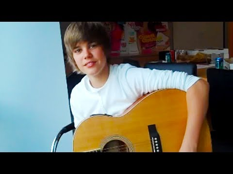 Justin Bieber Performs Lonely Girl