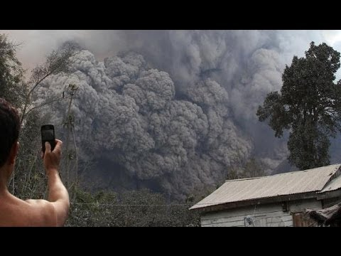 Mount Sinabung Indonesia, volcano erupts again killing at least 16