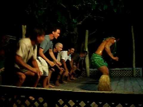 Taufua Beach Fale, Lalomanu, Samoa, Tourist mens dancing