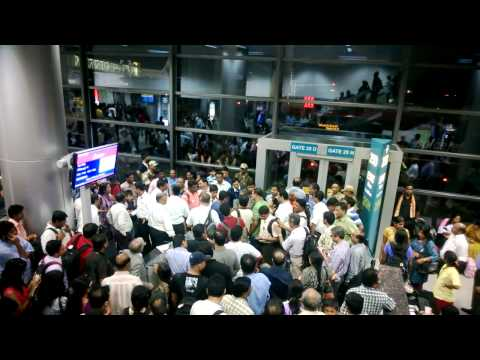 Irate Spicejet customers at Hyderabad Airport (11/10/2013)